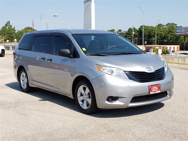 Certified Pre-Owned 2016 Toyota Sienna L